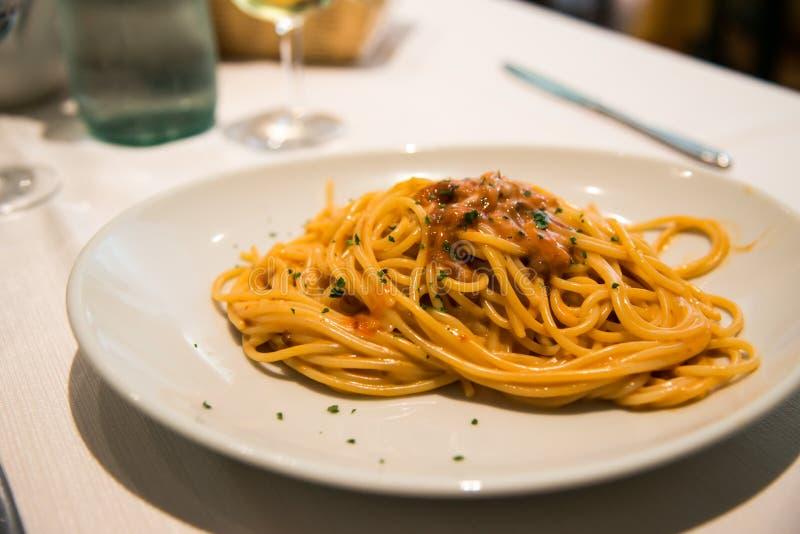 Spaghetti and urchin royalty free stock photos