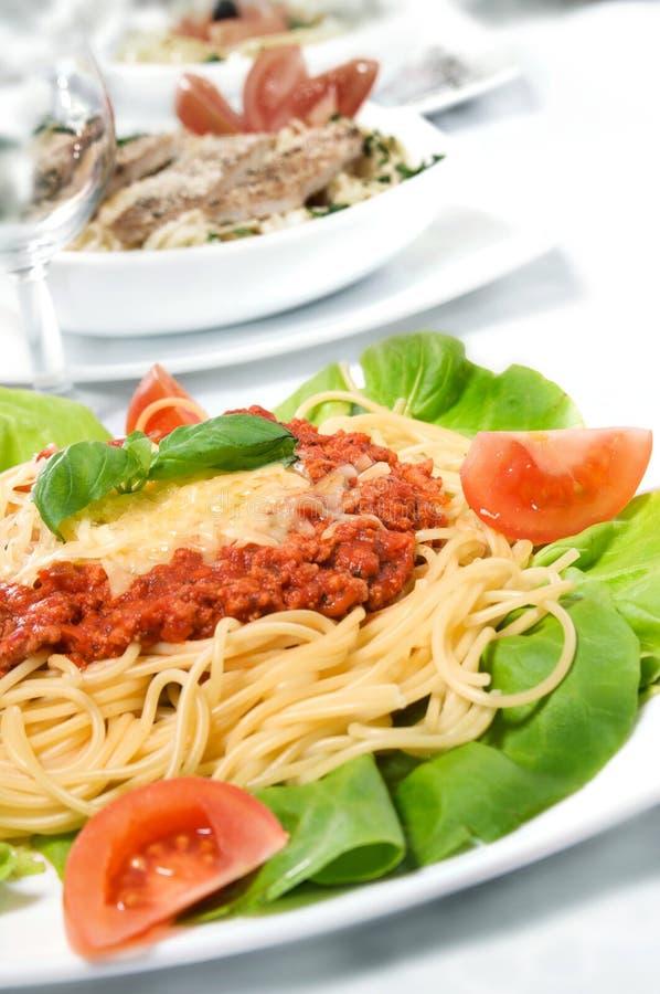 Spaghettis Bewohner von Bolognese stockbild