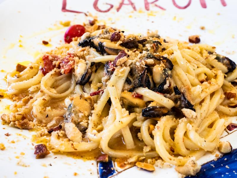 Spaghettitellermeeresfrüchte lizenzfreies stockfoto