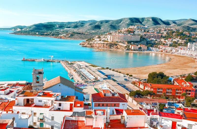 spain Valencia Peniscola Sikt av havet från en höjd av Po royaltyfria bilder