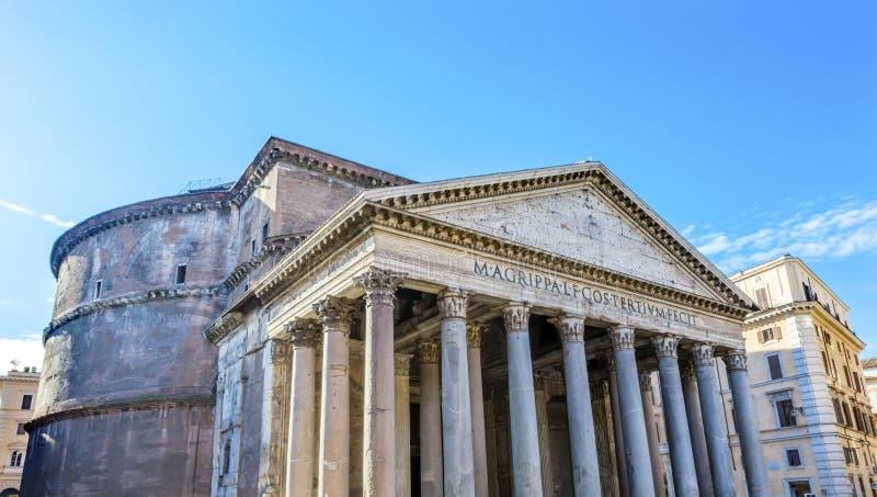 Spalten-Pantheon Rom Italien lizenzfreie stockfotografie