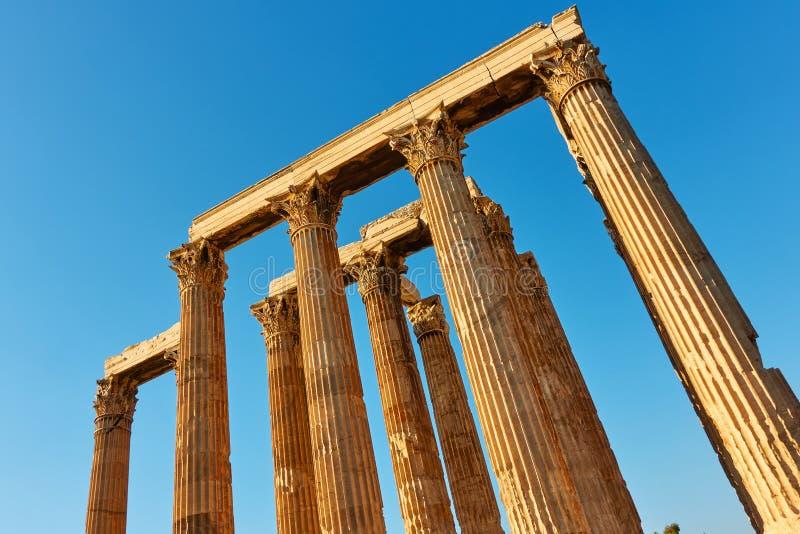 Spalten von Zeus-Tempel lizenzfreie stockfotos