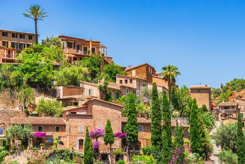Spanien Majorca hus av Deia arkivbilder