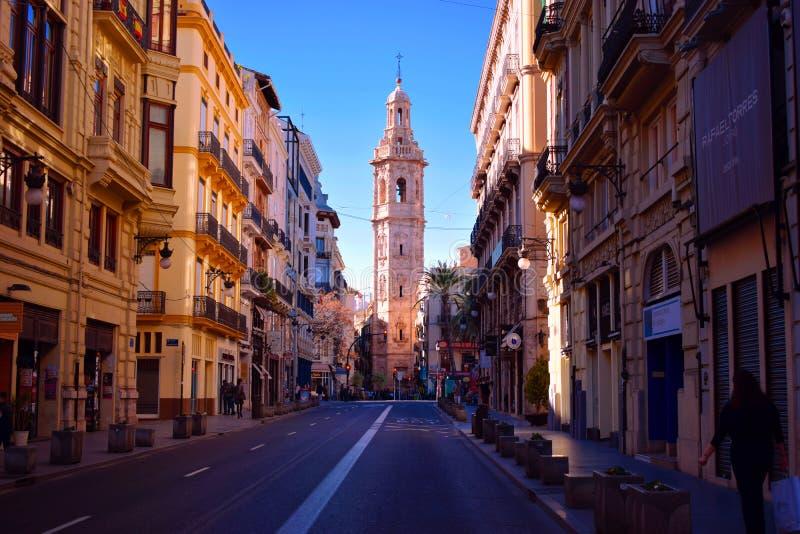Spanien Valencia, gammal stad, mitt, Santa Catalina, La Paz Street royaltyfri foto
