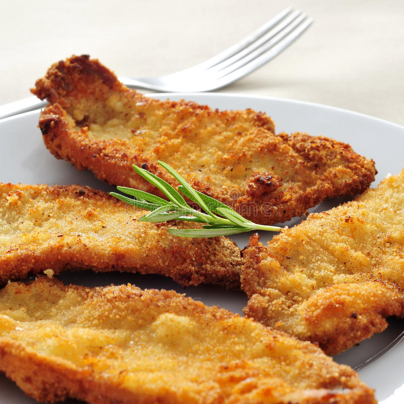 Spanisch Escalopa de Pollo ein La milanesa, paniertes Huhn beint aus lizenzfreies stockfoto