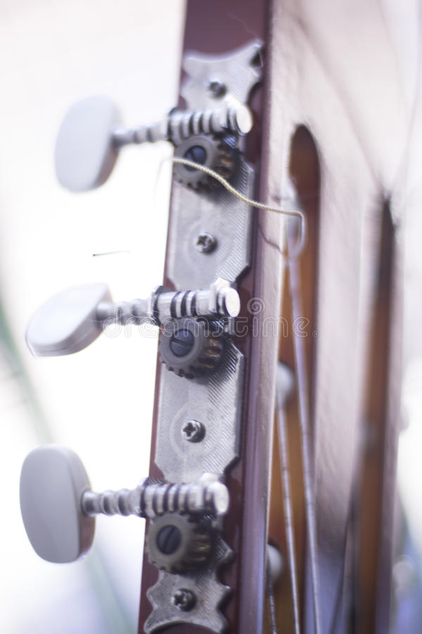 Spanische Akustikgitarre lizenzfreie abbildung