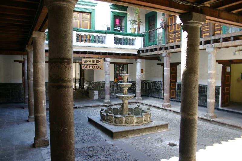 Spanische Schule in Quito lizenzfreies stockfoto