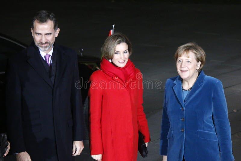 Spanischer König Felipe VI, Königin Letizia, Kanzler Angela Merkel stockbild