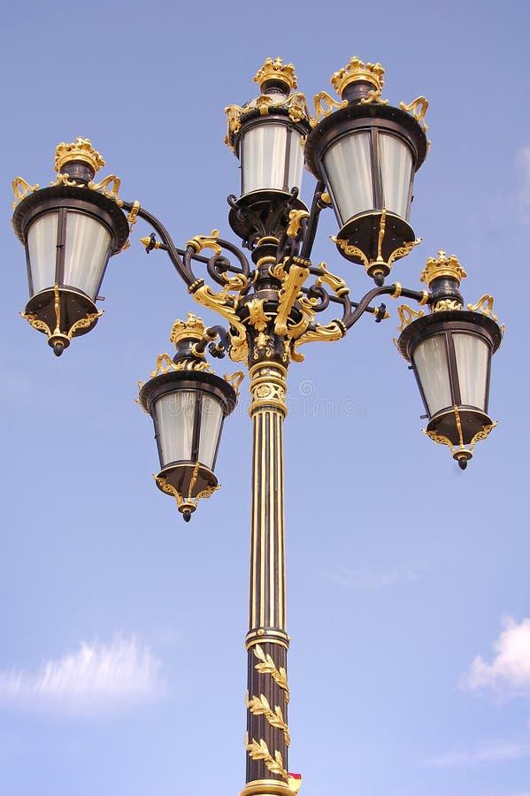 Spanischer Lampen-Pfosten stockfotos