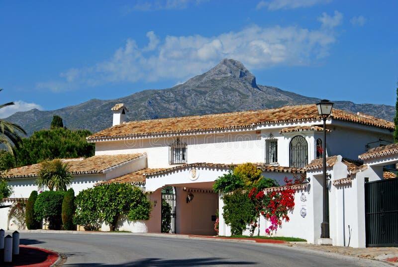 Spanisches Landhaus, Marbella lizenzfreie stockbilder