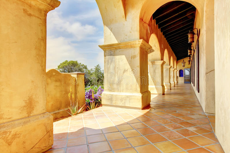 Download Spanish Architecture Columns Details Exterior. Royalty Free Stock Photography - Image: 24512137