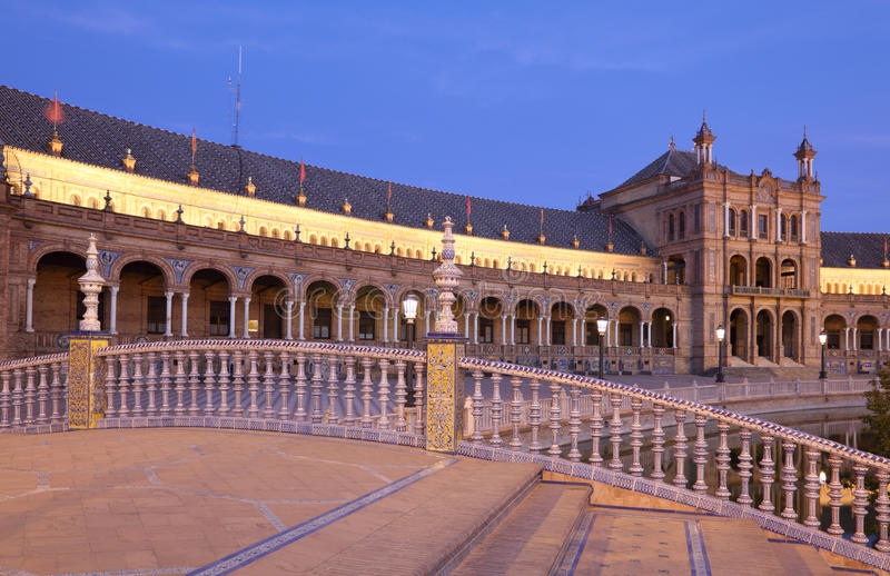 Download Spanish Square In Seville, Spain Stock Photography - Image: 33450302