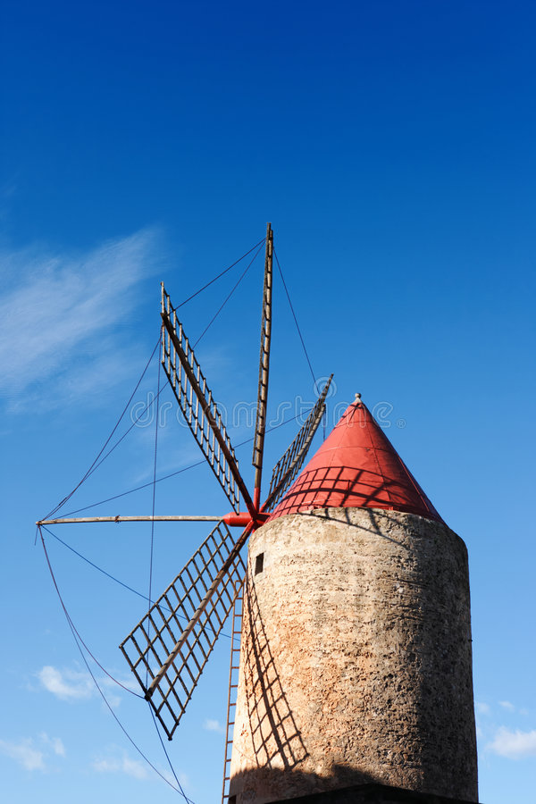 Free Spanish Windmill Royalty Free Stock Photography - 3867947