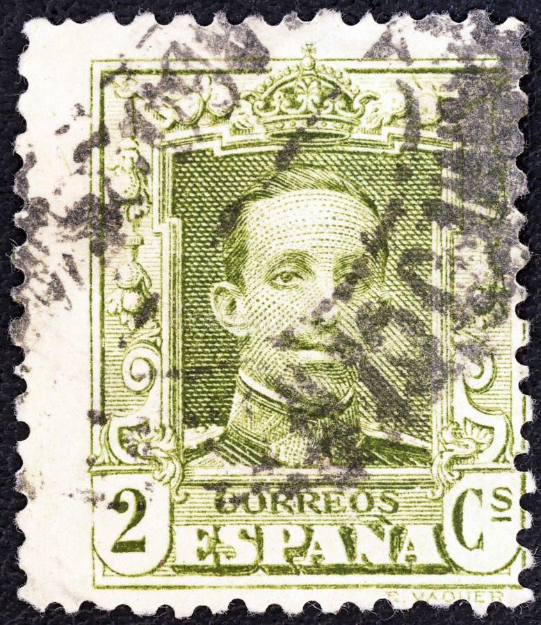 SPANJE - CIRCA 1922: Een zegel in Spanje wordt gedrukt toont Koning Alfonso XIII, circa 1922 die royalty-vrije stock afbeelding