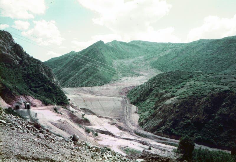 Spanjoren dela sig kanjonen, Utah/USA - Augusti 4 1984: Ett år och fyra månader efter den April 1983 mudsliden började att flytta royaltyfri foto