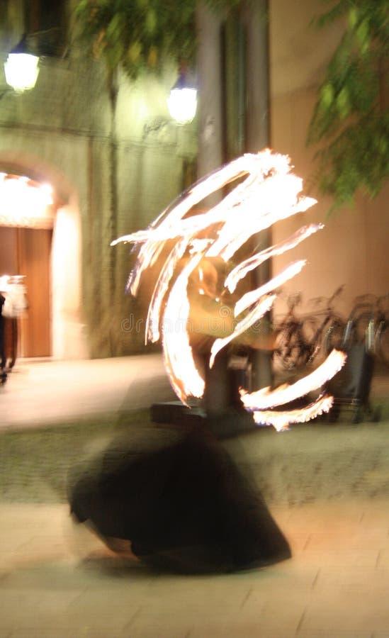 spansk dansaredans på gatorna av barcelona Spanien arkivbilder