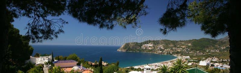 Spansk medelhavs- kust royaltyfri bild