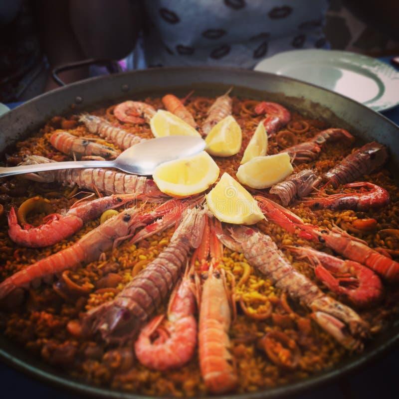 Spansk paella arkivbild