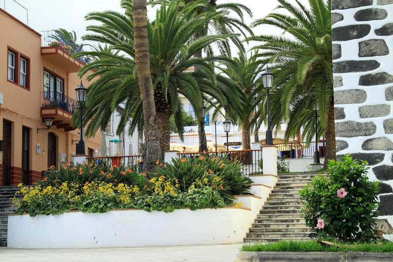 Spanska borggårdar och trädgårdar arkivbilder