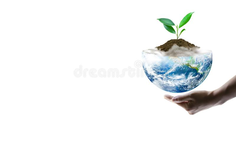 Sparande världsekologibegrepp Best?ndsdelar av denna avbildar m?blerat av NASA royaltyfri foto