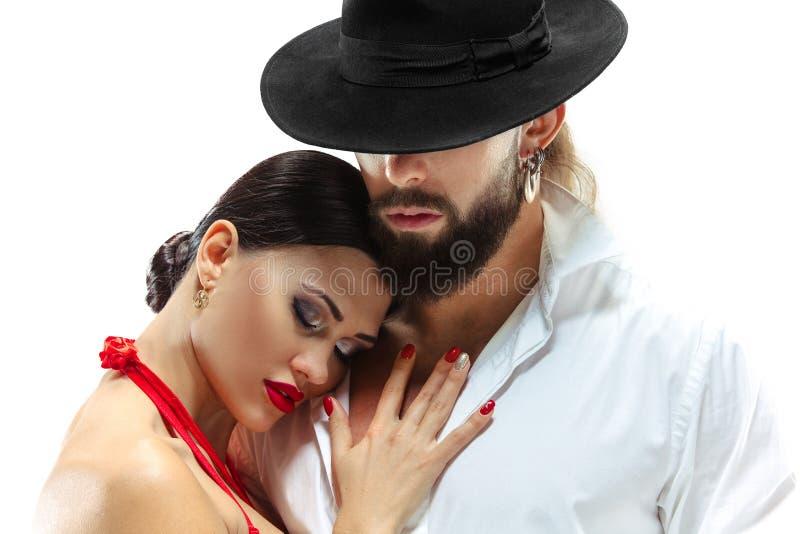 Sparato dei giovani appassionati nell'amore Isolato sopra bianco fotografia stock