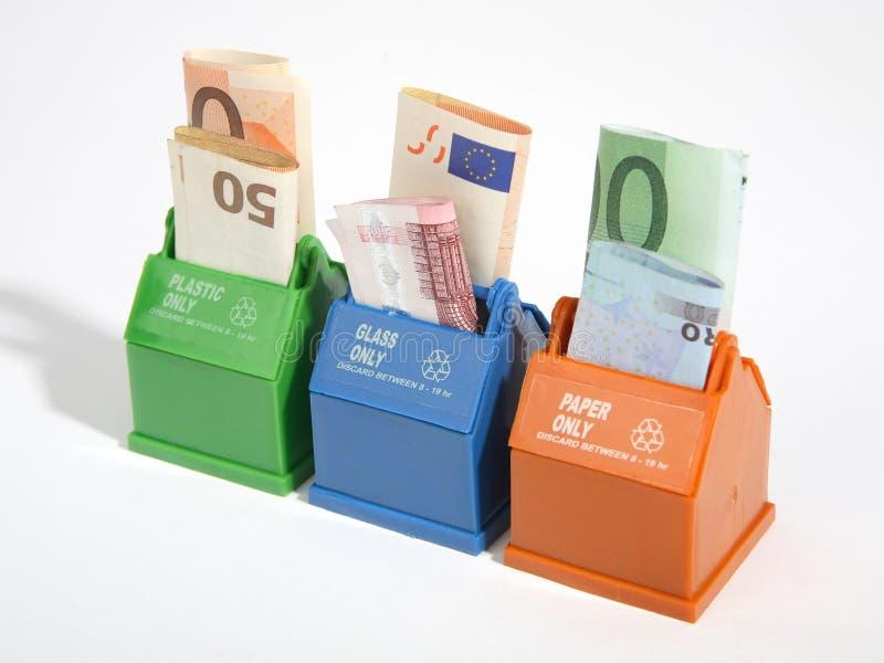 Sparen geld-recycleert stock fotografie