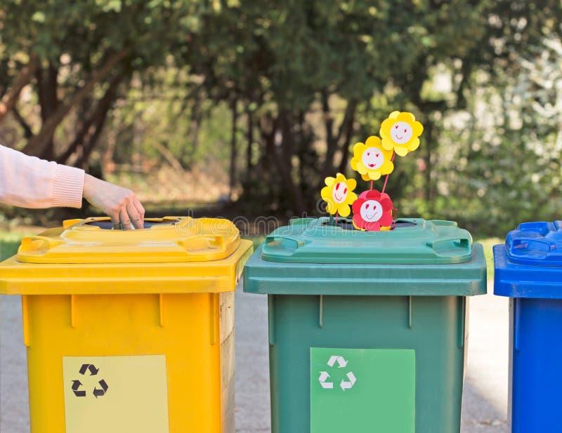 Sparen ons milieu voor toekomstige generaties stock foto
