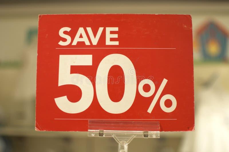 Sparen raad van het vijftig percenten de rode teken royalty-vrije stock foto