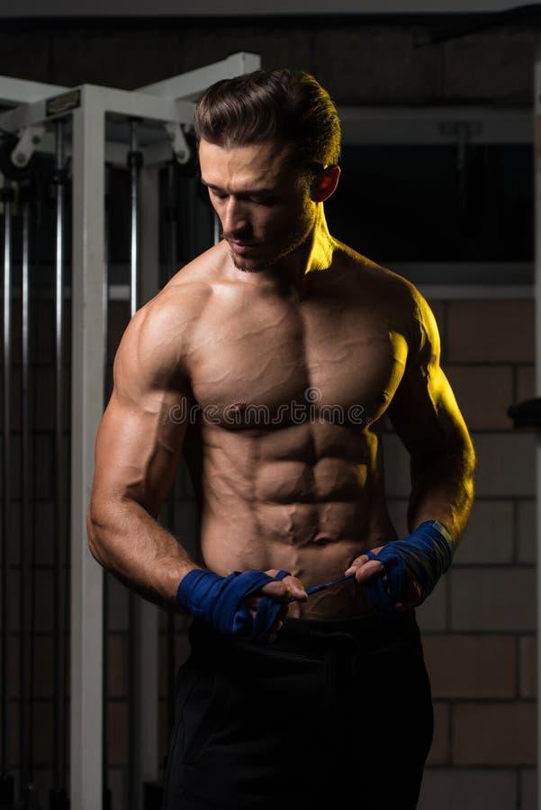 Sparkboxare som får klar fotografering för bildbyråer
