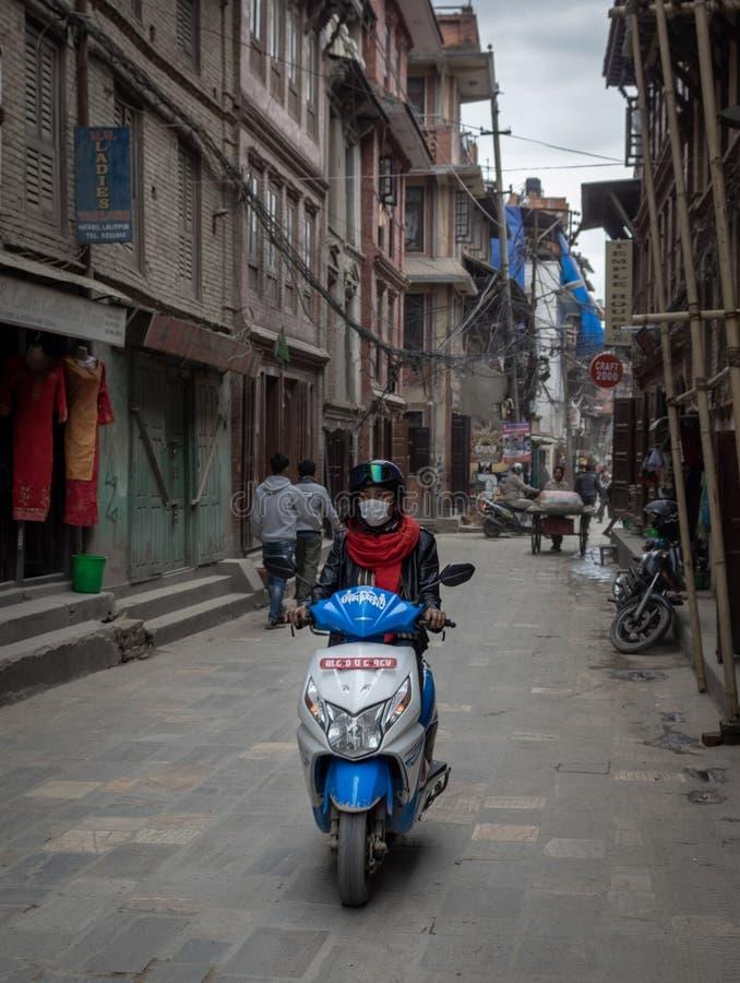 Sparkcykel på gatorna arkivfoto