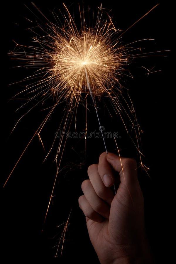 Sparkler in der Hand stockbilder