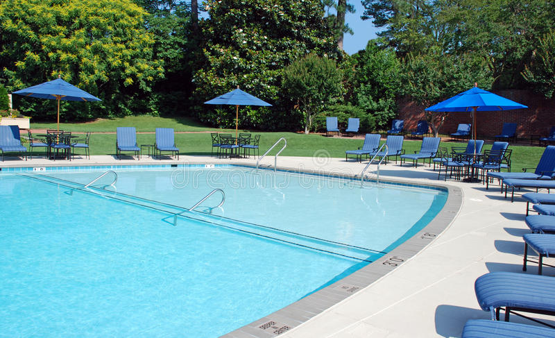 Download Sparkling Pool Metal Furniture Royalty Free Stock Photography - Image: 15225667