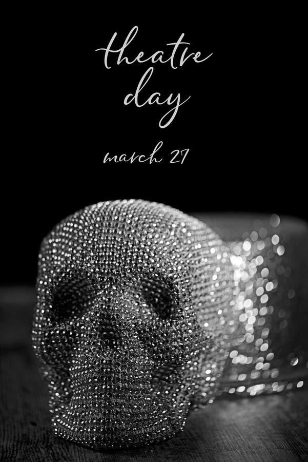 Sparklyschedel en hoge zijden, en de dag van het teksttheater stock foto's