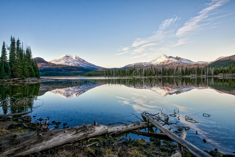 Sparks Lake, Oregon. Sparks Lake Oregon just before the sun dips behind the cascades stock image