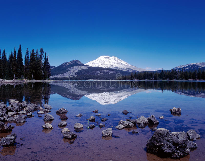 Sparks Lake reflection of South Sister, Oregon stock images