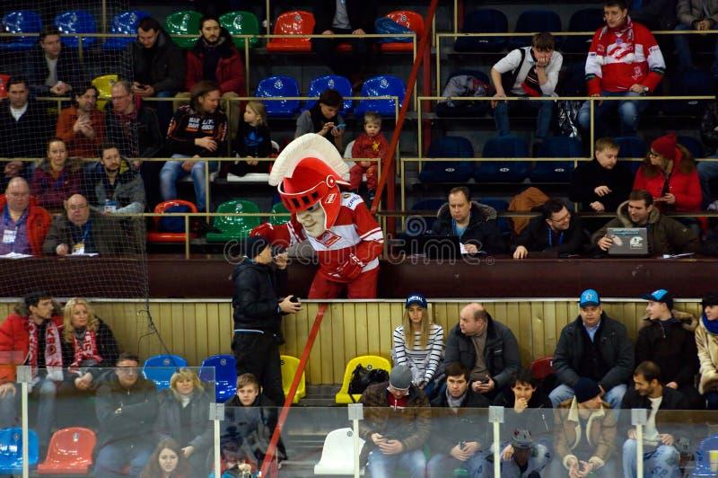 Spartak队吉祥人在论坛的 免版税图库摄影
