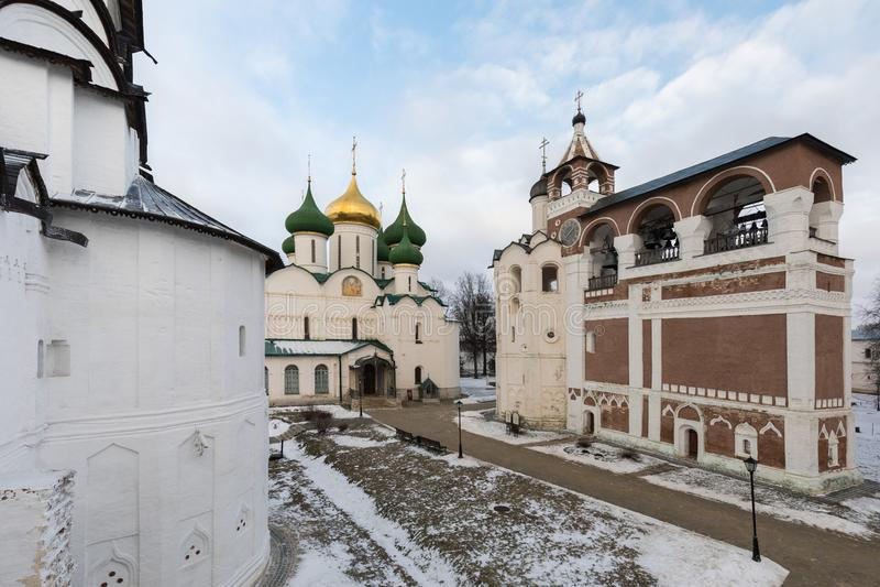Spaso-Evfimiev mensen` s klooster Oud mensen` s klooster in de winter royalty-vrije stock foto