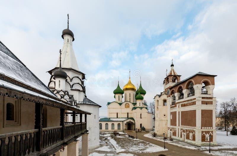 Spaso-Evfimiev mensen` s klooster Oud mensen` s klooster in de winter stock foto