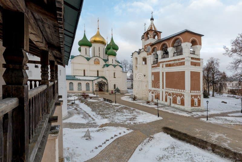 Spaso-Evfimiev mensen` s klooster Oud mensen` s klooster in de winter royalty-vrije stock afbeelding