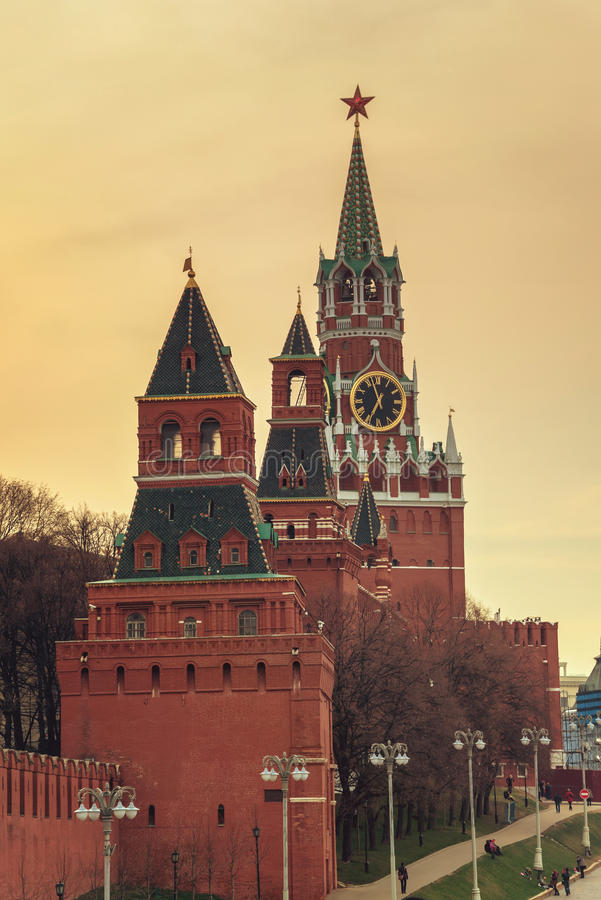 Spasskayatoren van Moskou het Kremlin, Rusland royalty-vrije stock afbeeldingen