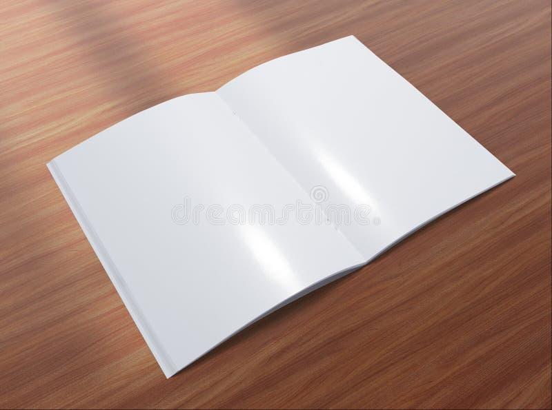 Spatie geopende brochure op houten achtergrond stock afbeelding