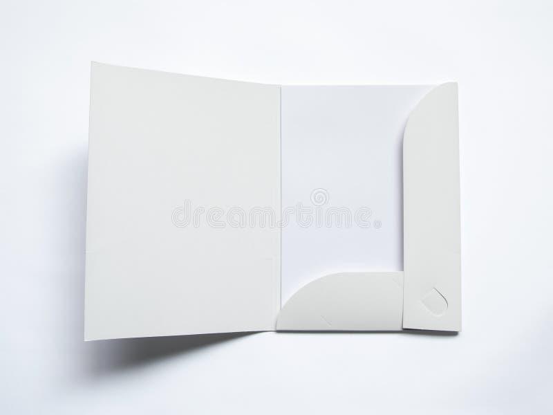 Spatie geopende omslag op wit stock afbeeldingen