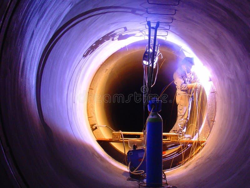 Spawać w Tunelowej tubce zdjęcie stock
