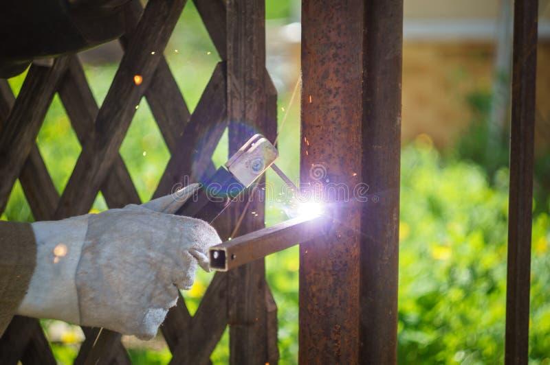 spawalnicza ogródu ogrodzenia tubka zdjęcie royalty free