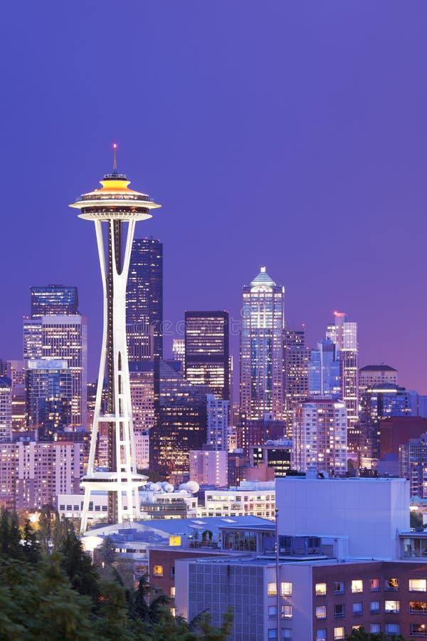 Spazi l'ago e l'orizzonte di Seattle, Washington, U.S.A. fotografie stock libere da diritti
