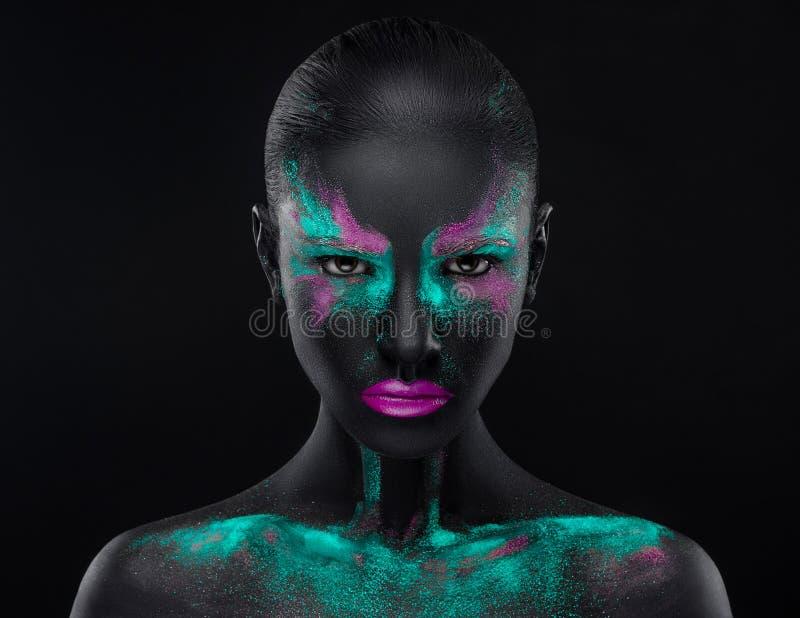 Spazio di colori blu dell'occhio nero di rosa di trucco della ragazza fotografie stock