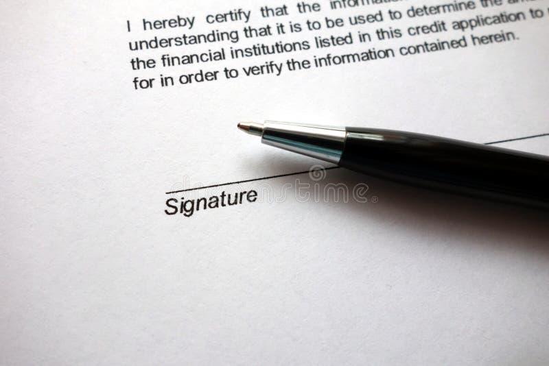 Spazio per la firma sul documento fotografie stock