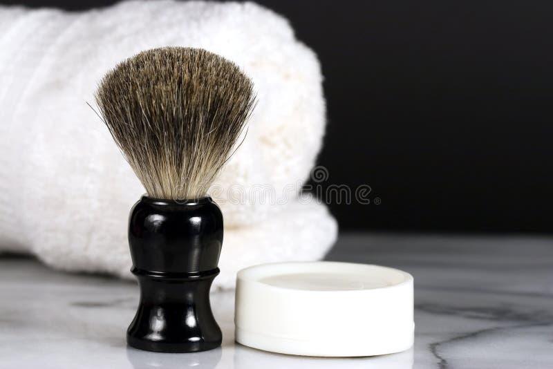 Spazzola & sapone di rasatura fotografie stock libere da diritti