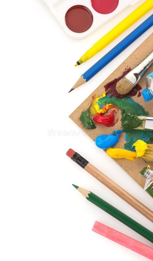 Download Spazzola E Pittura Su Bianco Fotografia Stock - Immagine di verde, colorful: 30826360