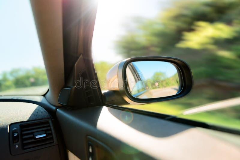 Specchietto retrovisore dell'automobile immagine stock libera da diritti